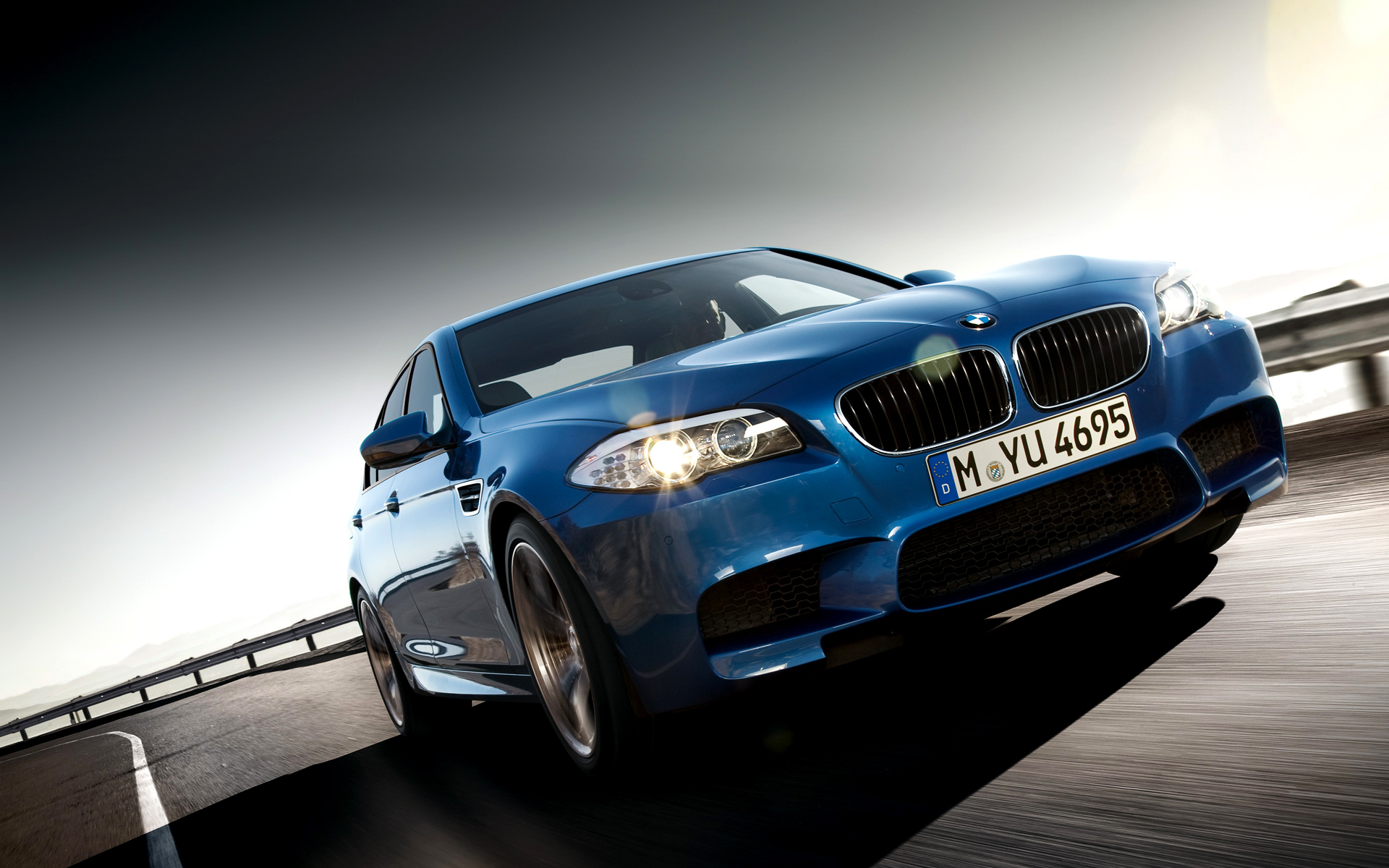 2012-bmw-m5-wallpaper-532